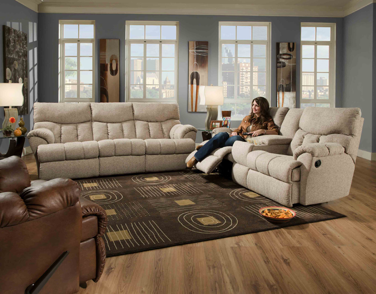 Southern Motion 813 Re Fueler Reclining Sofas And Loveseats In Leather Or Microfiber